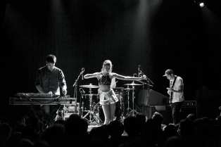 alunageorge11 copy