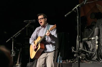 Weezer_acoustic01