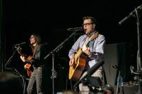 Weezer_acoustic02