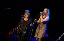 mavis-staples-joan-osborn-04-edit