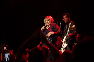 mavis-staples09