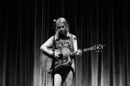 phoebe bridgers 03