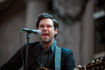 the-lone-bellow-06