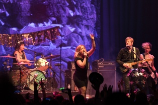 Sleater-Kinney at the Masonic in San Francisco, new year's eve 2016